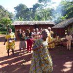femmes village cameroun