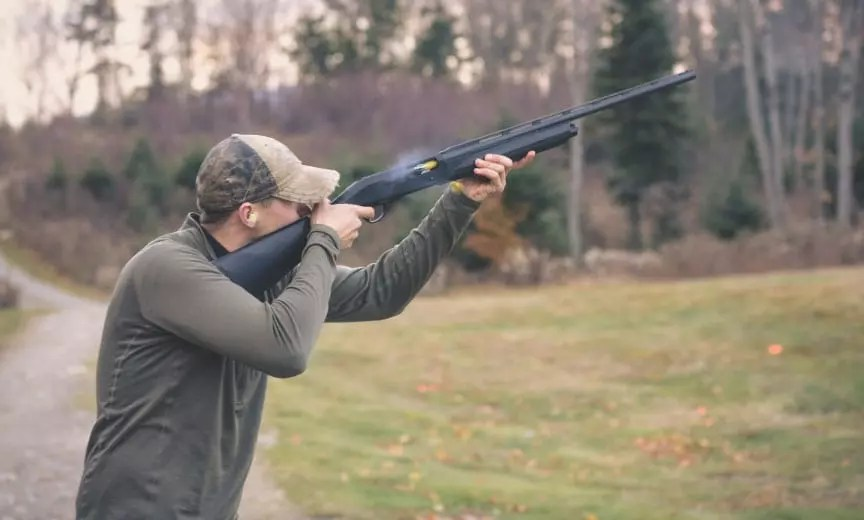 A clay shooter uses a Franchi Affinity to practice breaking targets.