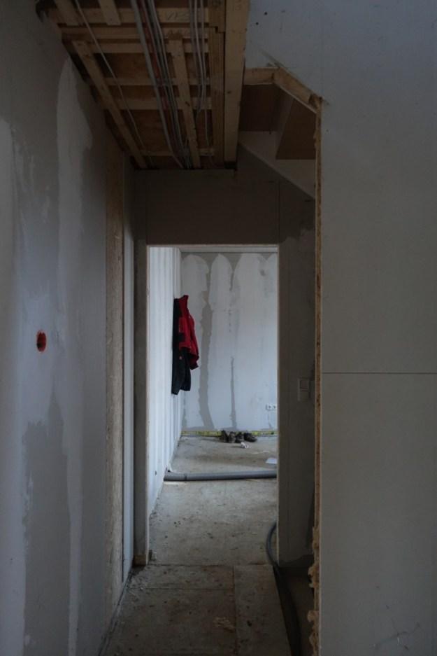 Durchgang Keller/Büro ausgeschnitten