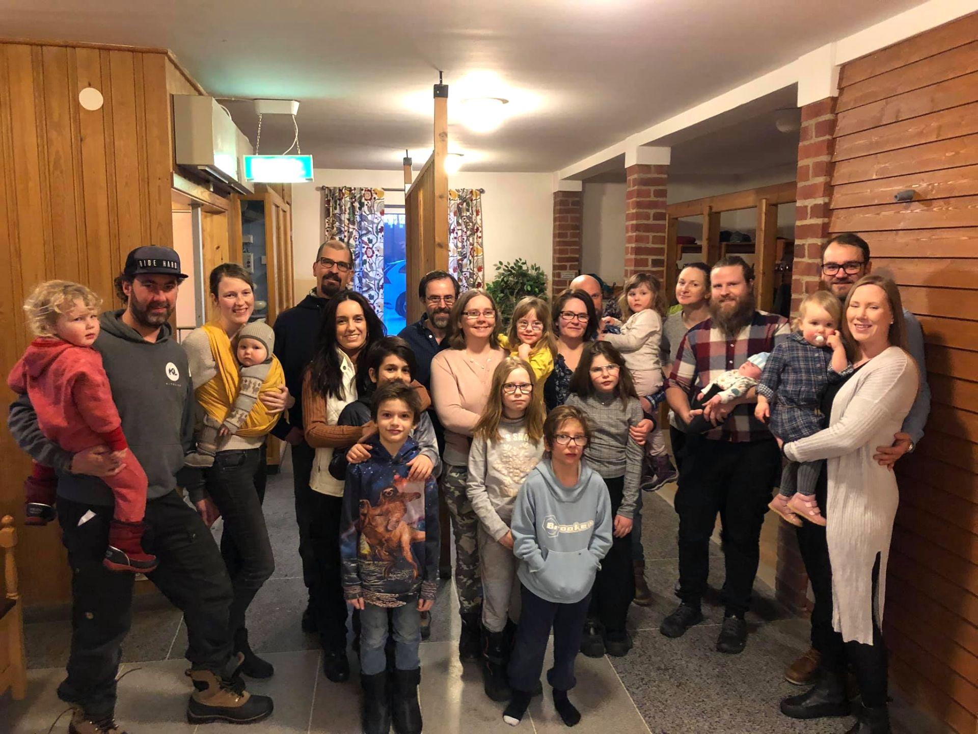Projekt Kaxås första inflyttade familjer. Foto Karin Bångman