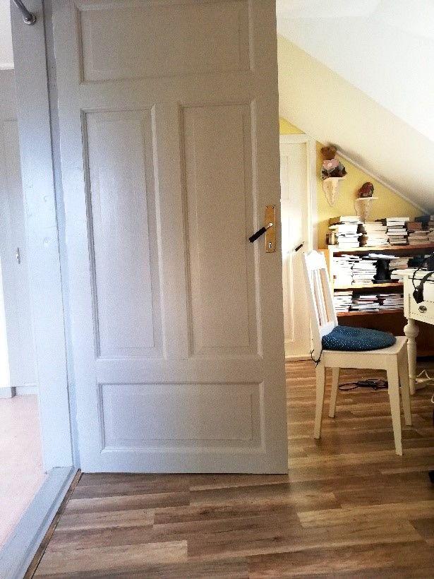 O'Larsgården i Åflo till salu – spegeldörrar.