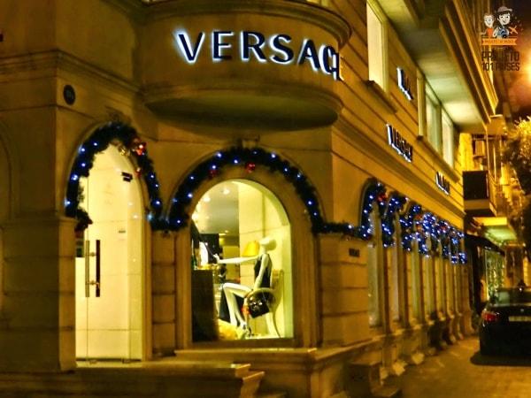 Grifes de luxo no centro de Baku