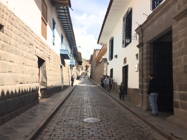 calle-san-agustin-cusco