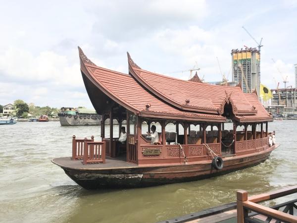 Barco do Mandarin Oriental Bangkok