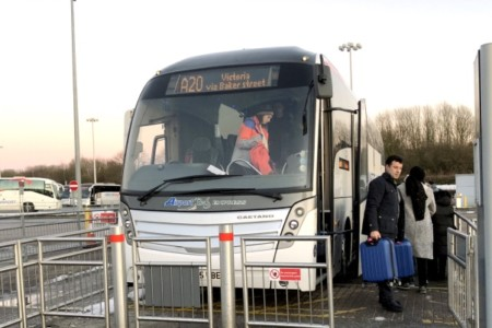 Como ir do centro de Londres ao aeroporto Stansted gastando pouco