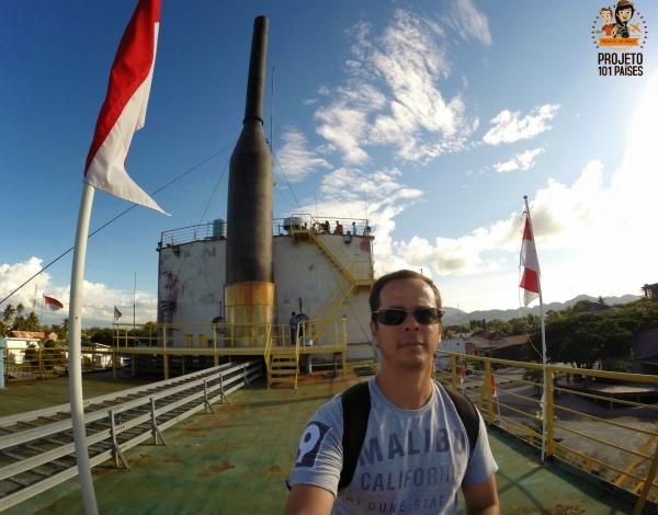 Banda Aceh dentro do navio gerador