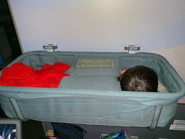 baby bassinet Emirates