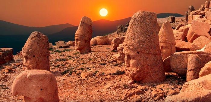Viagens Sagradas: Turquia SET 2020 • Monte Nemrut