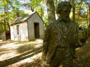 Estátua de Henry Thoreau