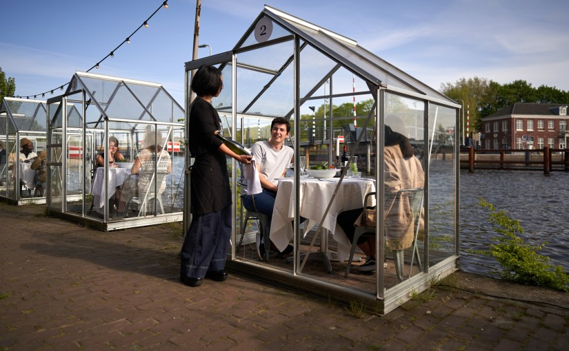 Restaurantes pós-pandemia: 4 soluções curiosas do design