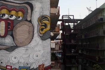 Detalhe do mural produzido pelo artita RMI.