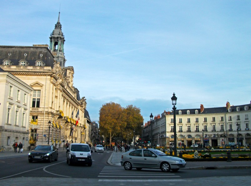 Place Jean Jaures, circulation