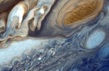 Юпитер и Сатурн преподносят ученым новые сюрпризы