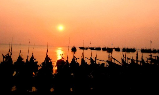 Tangerang - Lombok Part 4 ( Pantai Candi Dasa, Amlapura dan Tulamben)