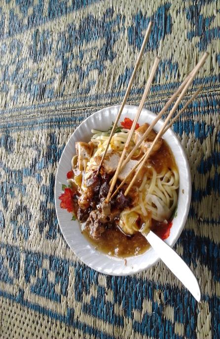 Kuliner Khas di Alun-alun Wonosobo