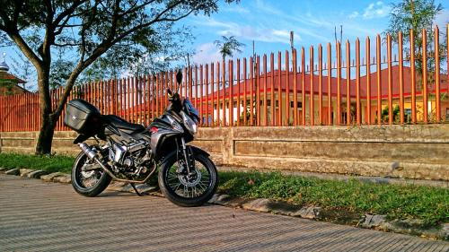 [Test Ride] Honda CS1 Hasil Modifikasi Sederhana untuk Touring