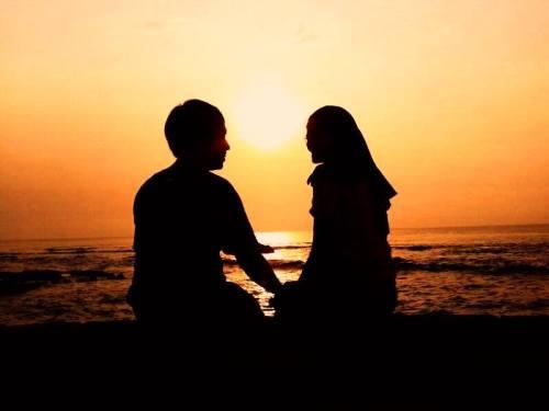 Pasangan romantis om Askhar & Istri