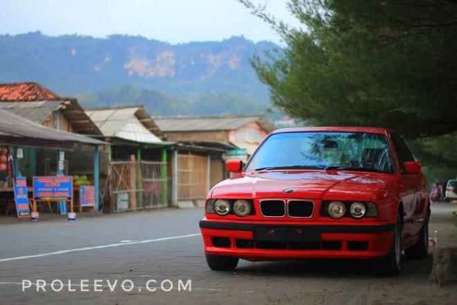Suka Duka Memelihara BMW 530i E34 Individual