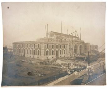 U.S. Immigrant Building EI under constr 11 Jan 1900 NARA