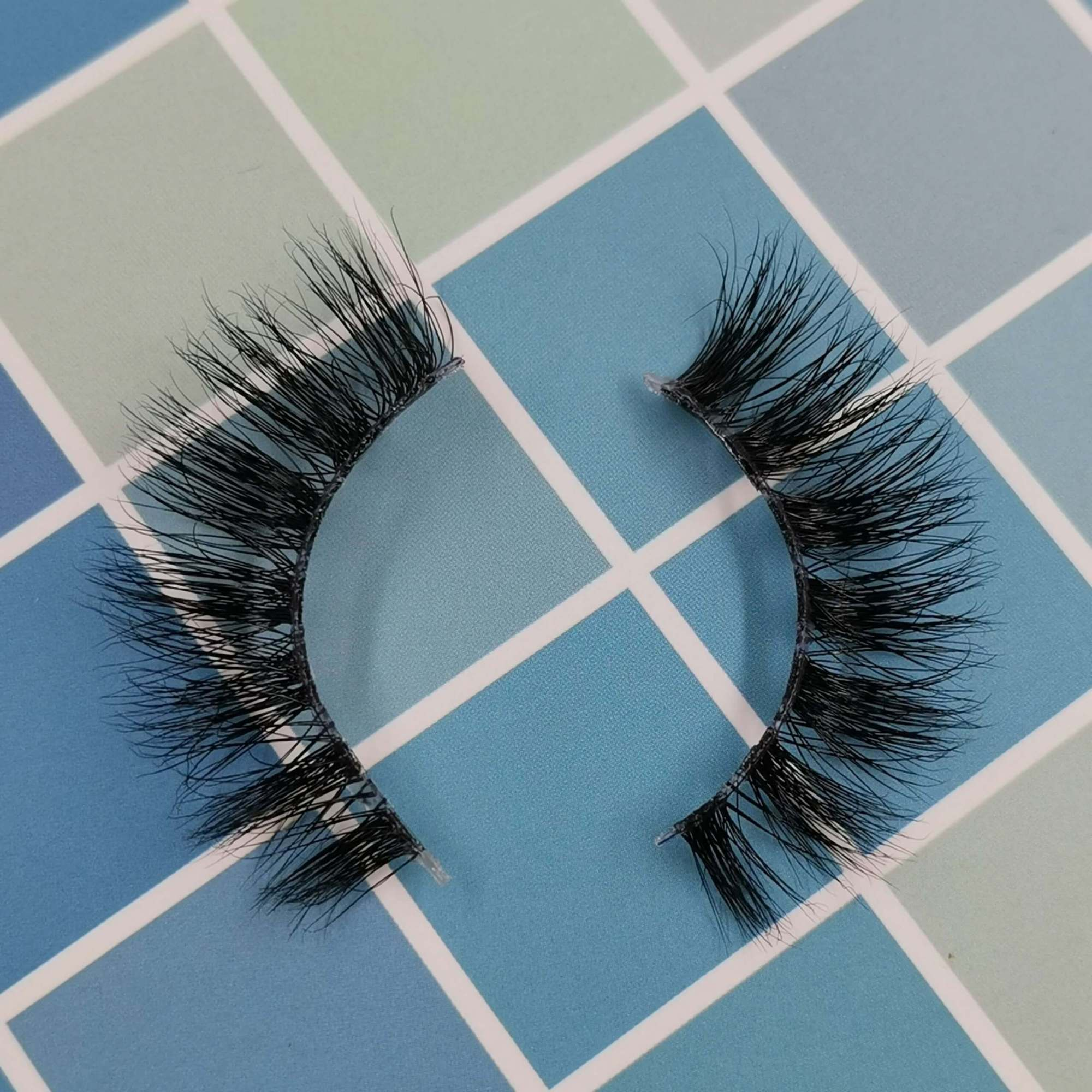 A pair of mink eyelashes for your eye shape and its model is 3T107. Trust me, ProluxuryLashes brand is the best eyelash supplier