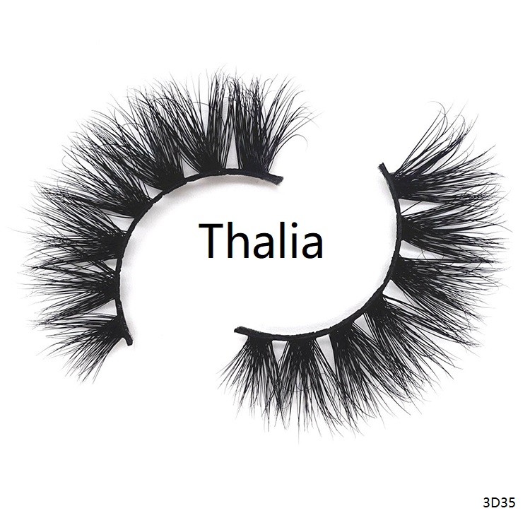 A pair of 100 real 3d mink lashes which called Thalia