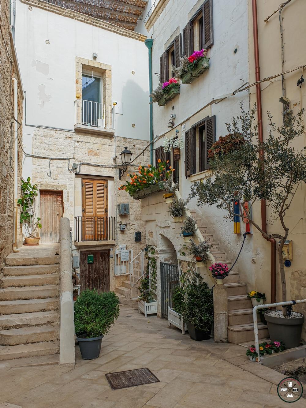 Centre historique de Polignano a Mare