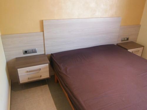 Promida capçal llit amb tauletes 1