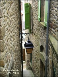 Gasse in Mont St Michel