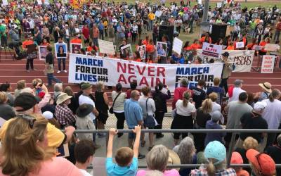 #MarchForOurLives: Thousands Participate in Palm Springs, California
