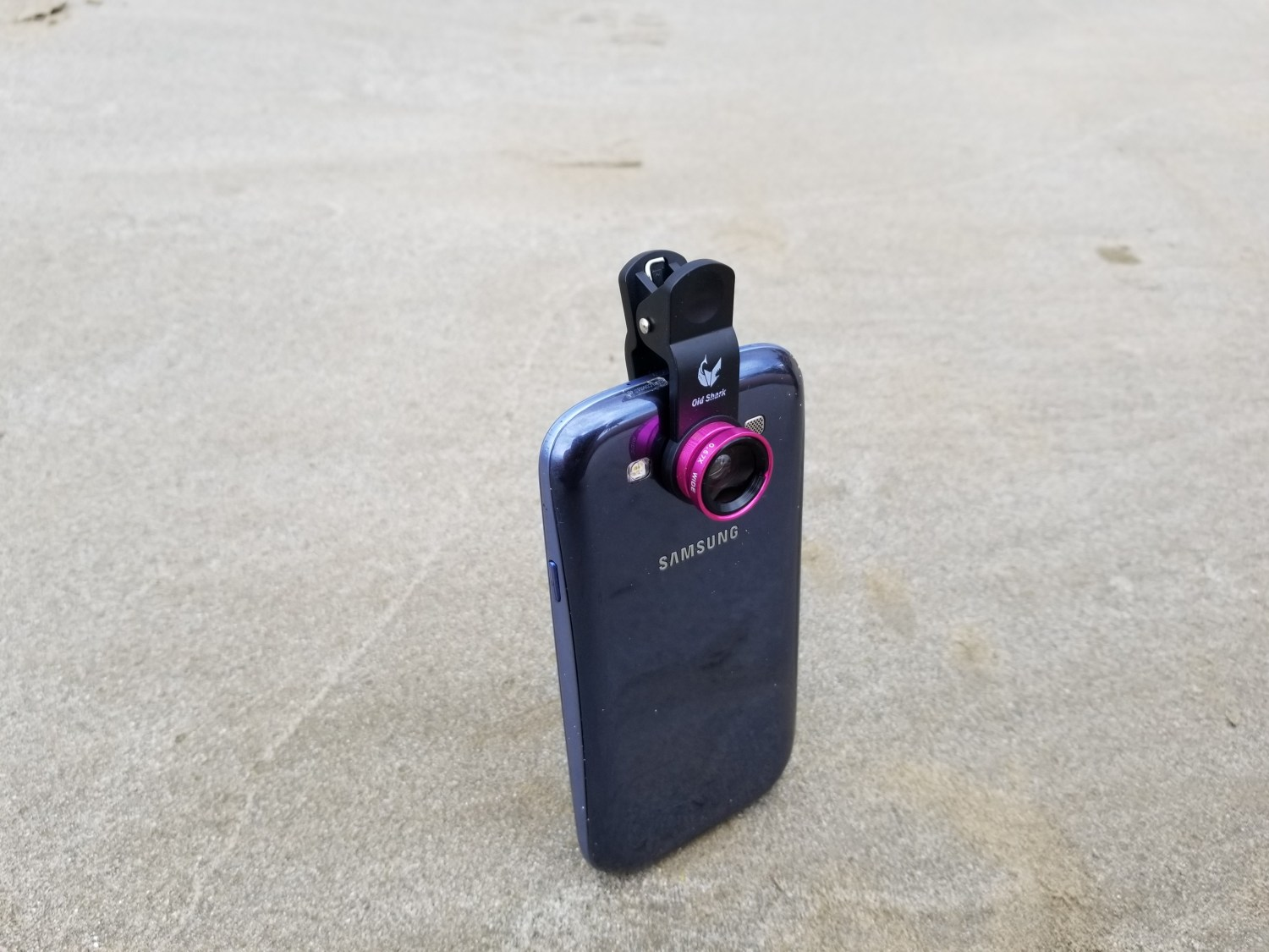 clip on wide angle smartphone camera lens