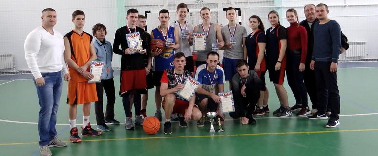 Турнир по стритболу в Морозовске
