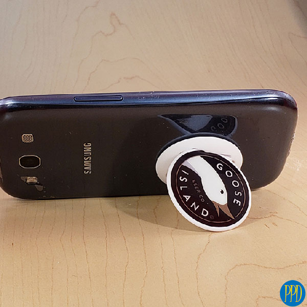 nuckee phone grip and stand