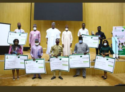 Nigeria @60: FG presents N16.5m to winners of anniversary branding competition