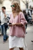 pink-sweater-fall-street-style-trend