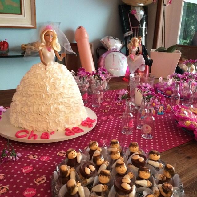 cha-panela-barbie-decor-rosa-prontaparaosim-10