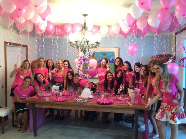 cha-panela-barbie-decor-rosa-prontaparaosim-6