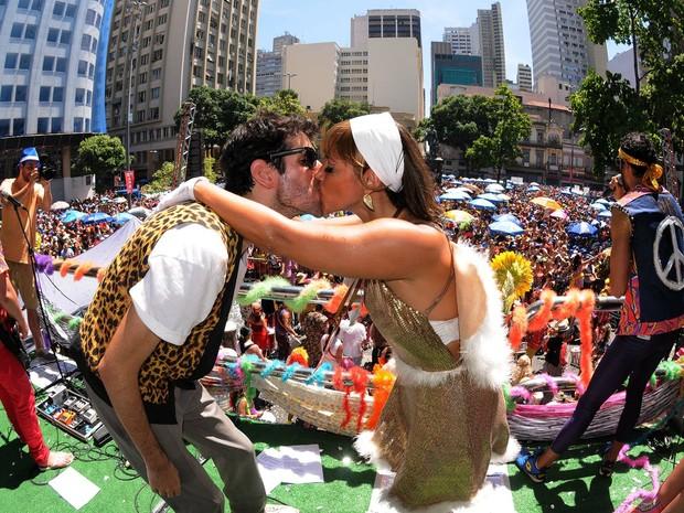 pedido-casamento-carnaval-prontaparaosim