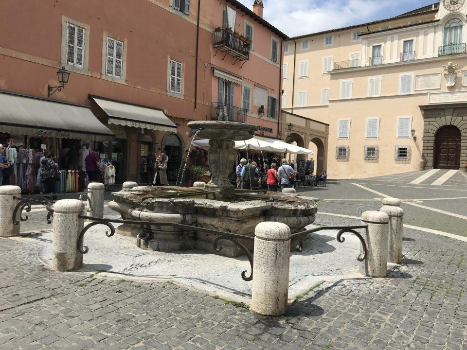 piazza castel gandolfo