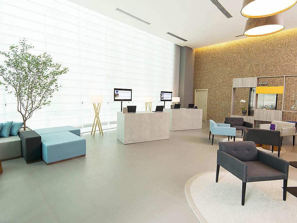 http://www.accorhotels.com/8649