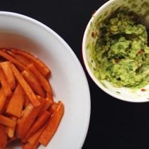 Tierfreitag: Süßkartoffelpommes mit Avocado-Dip