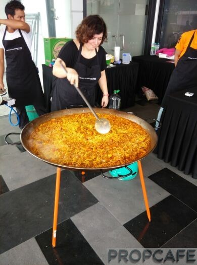 REV.O Lifestyle Suites Bukit Jalil City Launching Event - Paella is so yummy!