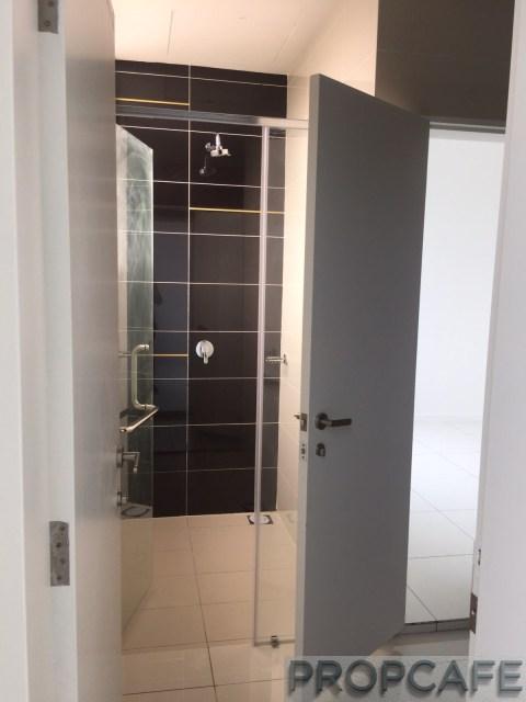 propcafe_skypod_toilet3