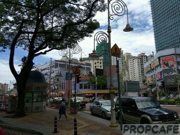 11-haphazard-parking-is-normal-along-jalan-tun-sambathan
