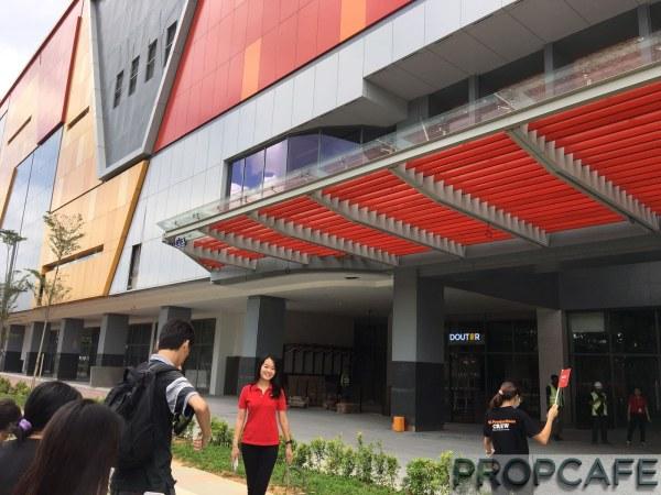 sunway-velocity-mall-facade-3