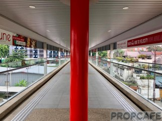 Covered Walkway to Sunway Velocity Mall from Cochrane MRT Station