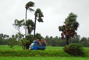 Cyclone Phailin (11)