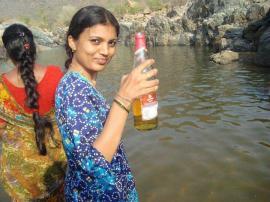 Source : funnyindianpicz.blogspot.com via google