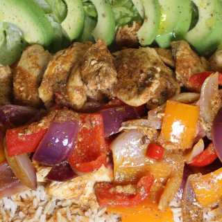 Fajita spiced chicken platter with avocado salad