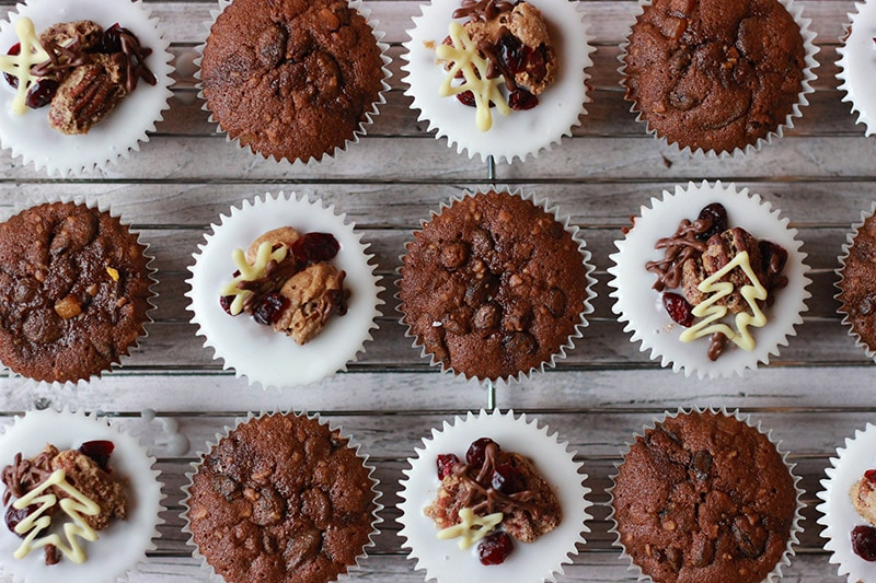 christmas cake muffins iced