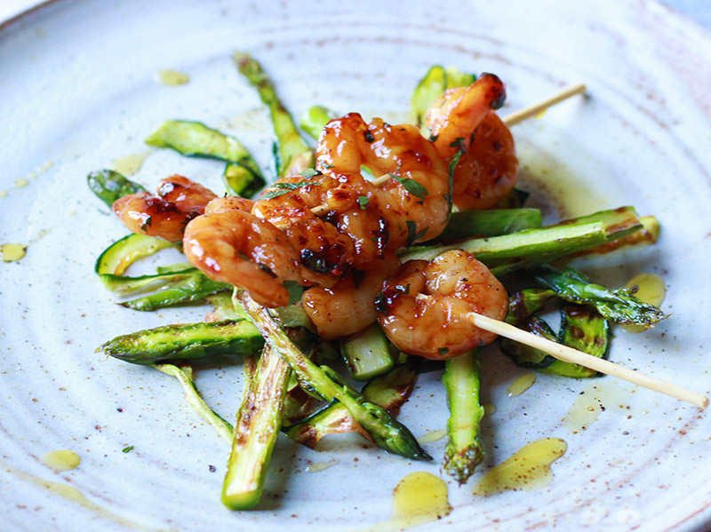 griddled prawns asparagus and courgette
